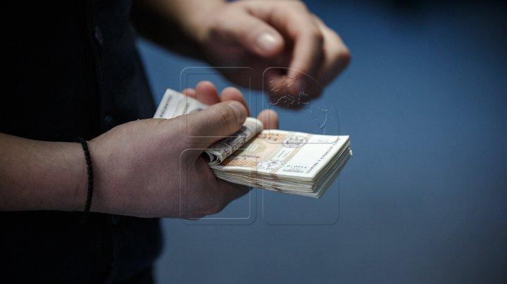 EXPERT: Piața creditelor bancare, ÎN CREŞTERE datorită creditelor ipotecare