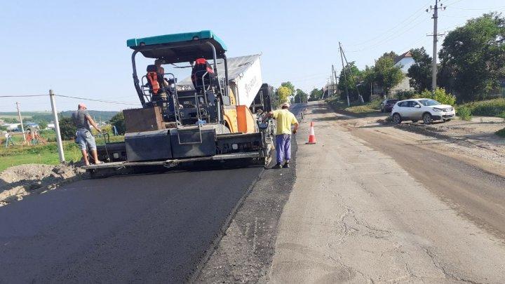 Din 2 iulie, ţara se transformă în şantier. Până la finele anului, vor fi reparate drumurile din opt raioane