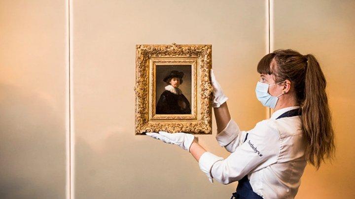 Un autoportret al pictorului Rembrandt a fost vândut pentru suma uriașă la o licitație organizată de casa Sotheby's