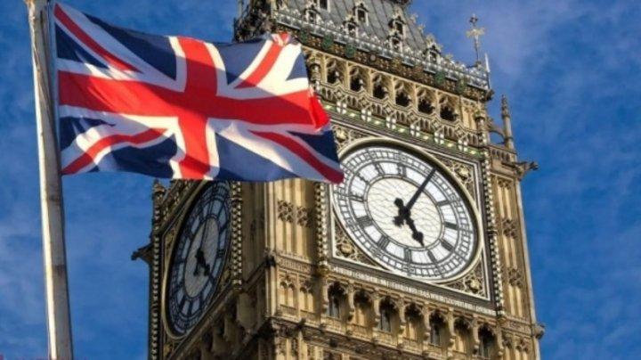 Cetăţenii din statele Uniunii Europene nu vor mai avea acces în Marea Britanie în baza cărţilor de identitate