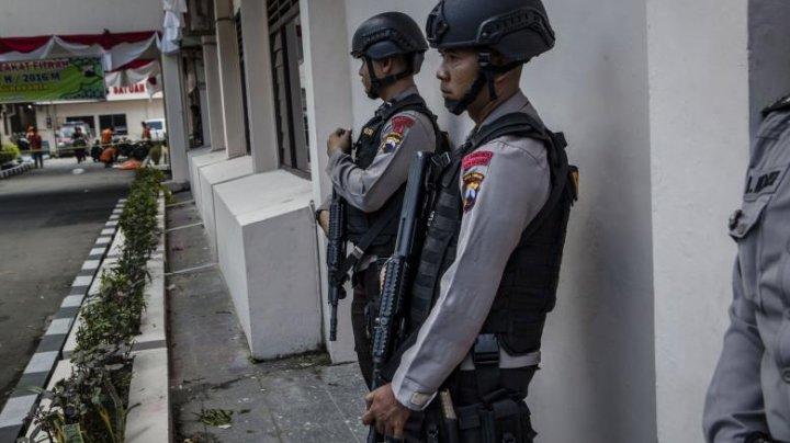 Un francez acuzat că a molestat sute de minore din Indonezia, găsit în celulă cu gâtul rupt