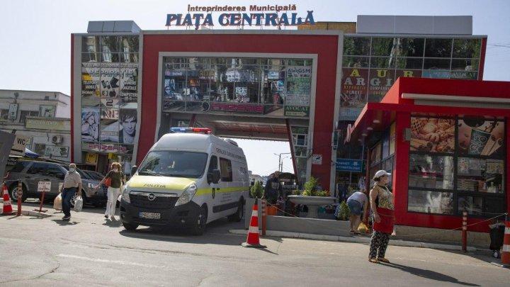 30 de gherete de la intrarea în Piața Centrală din Capitală au fost evacuate (FOTO)