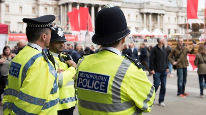 În Marea Britanie au fost arestate patru persoane suspectate de pregătirea unor acte teroriste