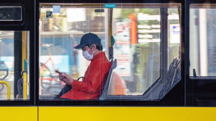 Motivul pentru care cetăţenii din Berlin sunt încurajaţi să nu mai folosească deodorant pe timp de pandemie