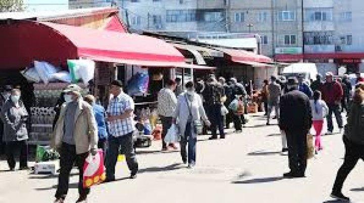 În alte două judeţe din România masca de protecție este obligatorie în spaţiile deschise aglomerate