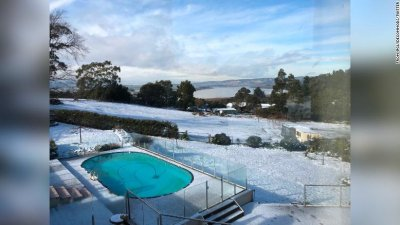 În Tasmania A NINS pentru prima dată aproape 50 de ani. Unii loclanici au văzut zăpadă pentru prima dată