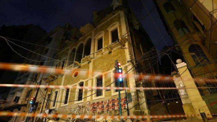 60 de clădiri istorice riscă să se prăbuşească în urma exploziei din Beirut