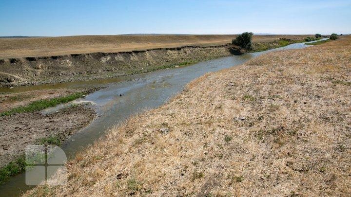 Moldova, sub Cod Portocaliu și Galben de secetă hidrologică. Până când e valabilă AVERTIZAREA