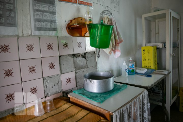 Oficiul Medicilor de Familie din satul Izbiște pe timp de pandemie (FOTOREPORT)