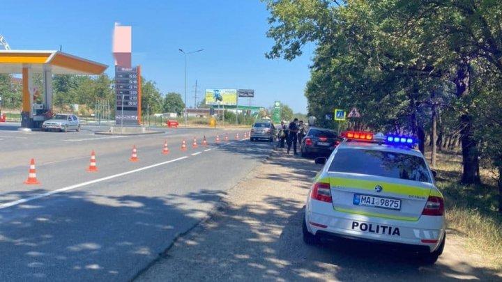 Filtre ale poliției la intrarea în Căușeni. 47 de șoferi au fost amendați, fiind aplicate 127 de puncte de penalizare