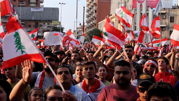 Criză politică de proporţii în Liban, după demisia guvernului. Proteste violente continuă