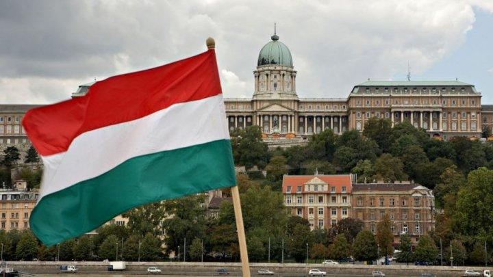 Ungaria se aşteaptă ca al doilea val al pandemiei să atingă vârful în decembrie-ianuarie