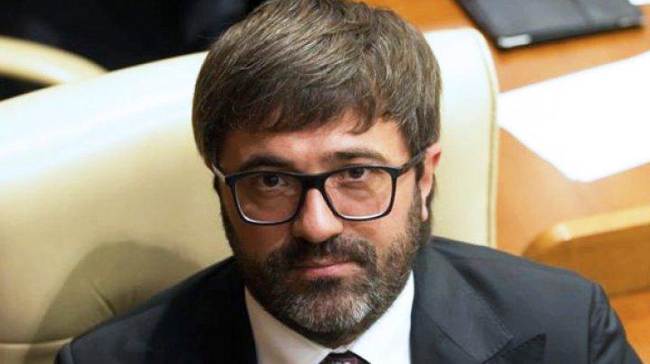 Deputatul Vladimir Andronachi părăsește fracțiunea Partidului Democrat din Parlament
