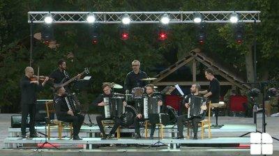 Artiștii Filarmonicii Naționale și-au cântat durerea la Orheiul Vechi
