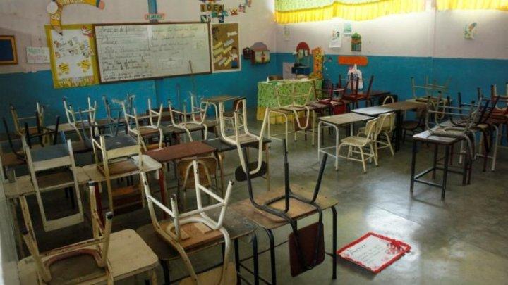 Preşedintele Venezuelei suspendă reluarea fizică a şcolii pentru restul anului din cauza COVID-19