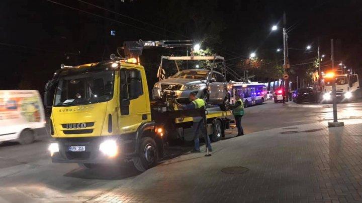 Operațiunea Evacuarea continuă și noaptea. Cât costă ridicarea și parcarea mașinilor staționate neregulamentar