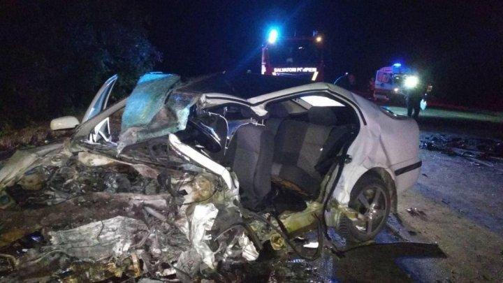 Accident groaznic în apropiere de satul Corlățeni: Trei morti, inclusiv un bebeluș de 3 luni (FOTO)