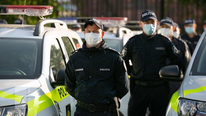 """Poliţia s-a """"înnoit"""" cu 52 de automobile noi, dotate cu sisteme inovative de monitorizare (FOTOREPORT)"""
