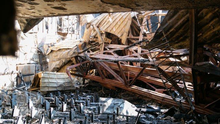 Filarmonica Națională a doua zi după incendiul devastator (FOTOREPORT)