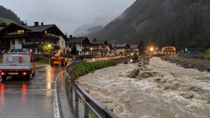 Italia, cuprinsă de fenomene meteo extreme: Furtuni și inundații în nord, cutremur în centrul țării și incendii în zona de sud