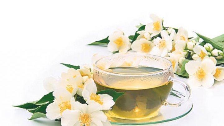 Efectele miraculoase ale ceaiului de iasomie. Vezi ce boli tratează