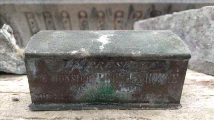 Inima unui primar dintr-un oraș belgian, descoperită îngropată sub o fântână