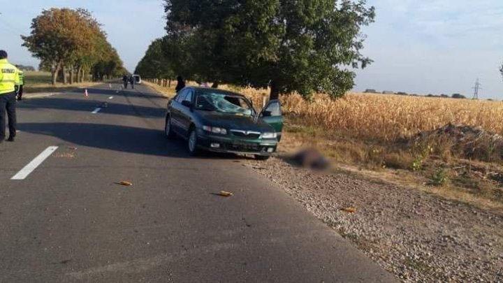Tragedie la Dubăsari. Un biciclist, LOVIT MORTAL de o mașină (FOTO)