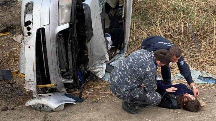 Detalii CUTREMURĂTOARE. Șoferul decedat lângă Petrești a pierdut controlul volanului după ce ar fi fost înțepat de ALBINE (FOTO)
