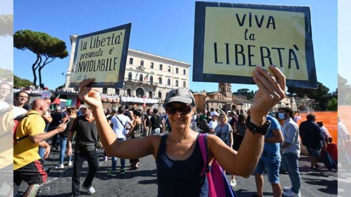 Coronavirus: Mii de oameni au protestat în Croaţia şi Italia
