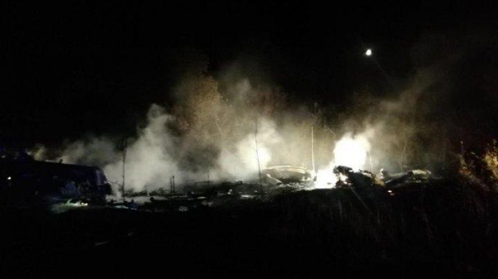TRAGEDIE AVIATICĂ în Ucraina. 22 de persoane au murit, după ce un avion s-a prăbușit în regiunea Harkov (VIDEO)