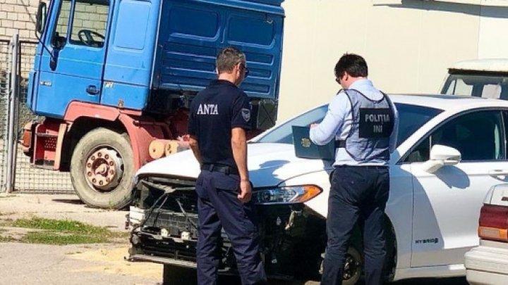 Poliția, ANTA și FISC, au efectuat verificări la mai multe autoservice din Capitală