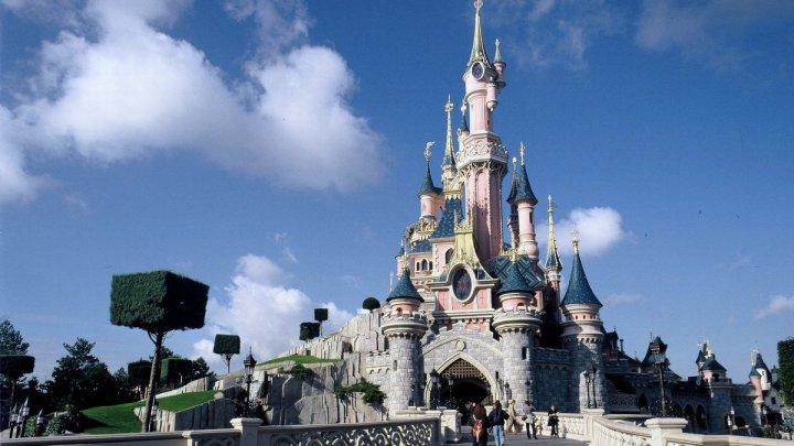 Disneyland Paris se închide după ce Franţa a anunţat o a doua perioadă de izolare la domiciliu