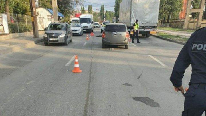 Tragedie pe o stradă din Capitală. Un pieton a fost lovit mortal (FOTO)