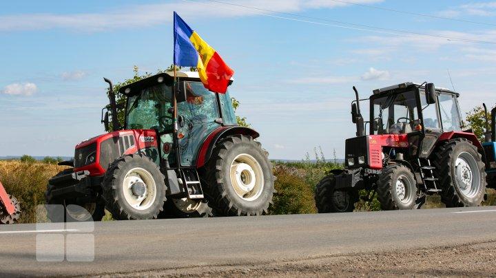 Fermierii moldoveni afectați de secetă și grindină ar putea primi bani din partea Federației Ruse