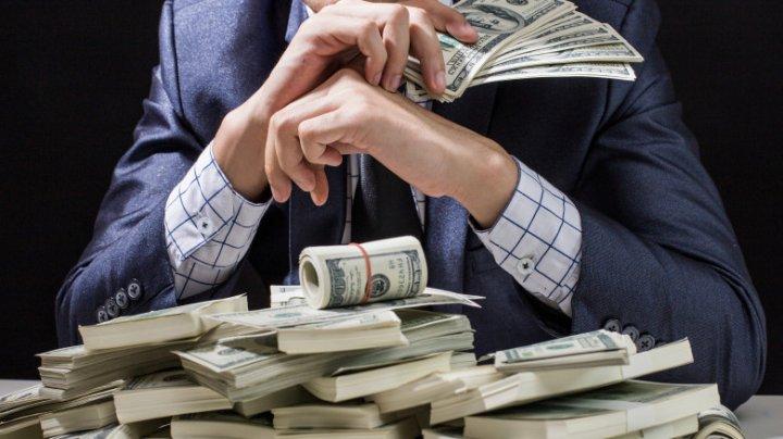Bogaţii care stau în umbră, cu averi colosale. Cine sunt oamenii care nu apar în topul Forbes