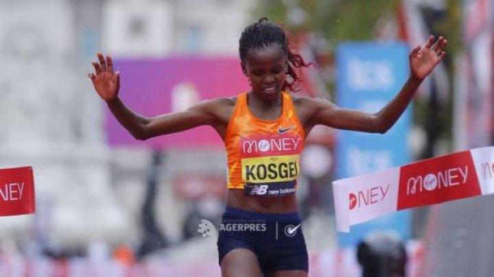 Brigid Kosgei, deţinătoarea recordului mondial, a câştigat cursa feminină a Maratonului de la Londra