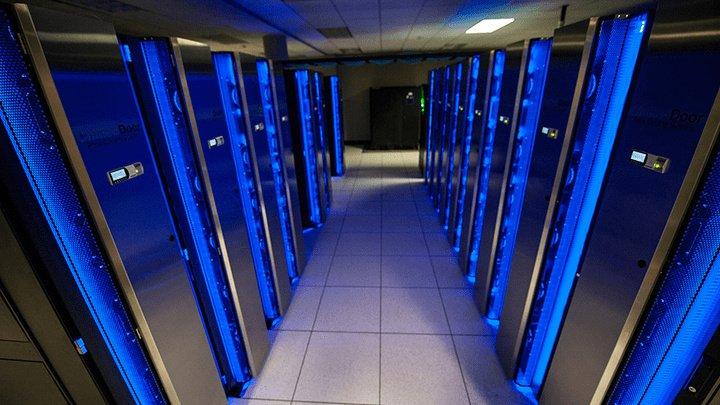 Un supercomputer japonez a simulat modul de răspândire a COVID-19 în încăperi. Concluzia poate fi crucială
