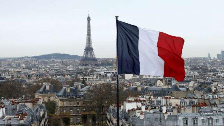 Franţa începe duminică programul de vaccinare anti-COVID
