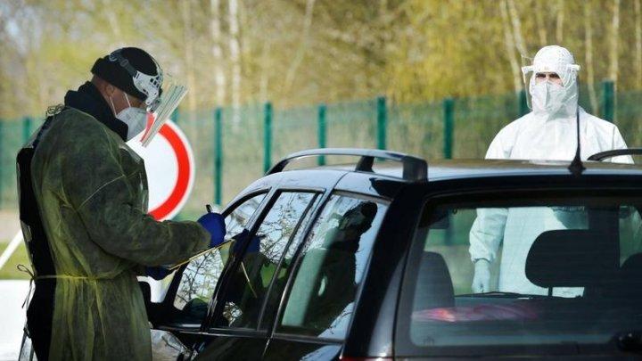 Nou record de cazuri COVID-19 în Cehia: Aproape 10 MII într-o singură zi