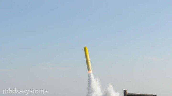Armata franceză a testat în premieră o rachetă de croazieră lansată de pe un submarin