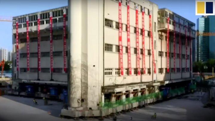 O școală din Shanghai, mutată la o distanță de 62 de metri de locul său inițial (VIDEO)