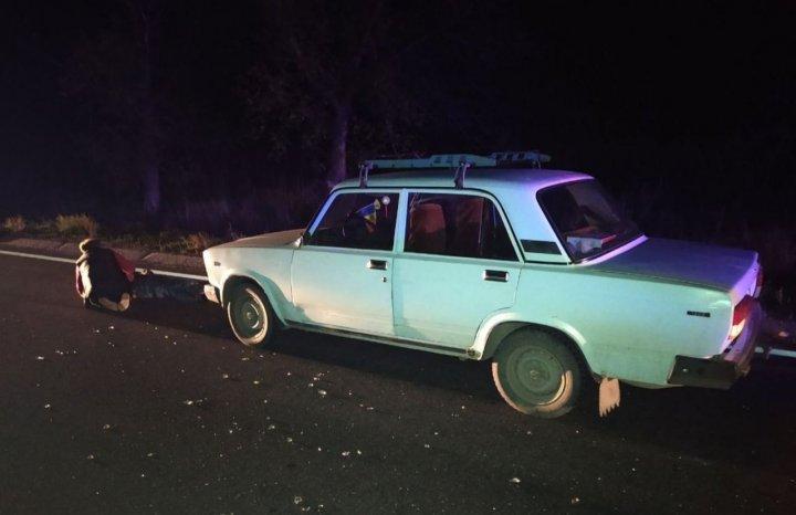 Sfârșit tragic pentru un bărbat din Florești. A fost strivit de două automobile (FOTO)