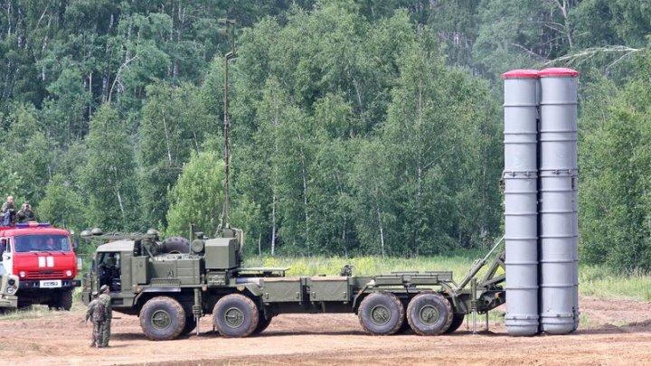 Statele Unite avertizează Turcia să nu activeze sistemul antiaerian S-400, cumpărat din Rusia