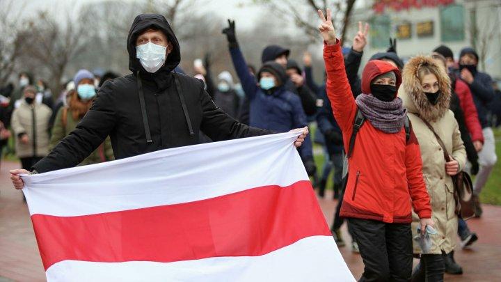 Belarus: Noi proteste de amploare împotriva regimului Lukaşenko