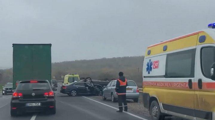 DETALII despre accidentul de lângă Peresecina. Trei persoane au ajuns la spital