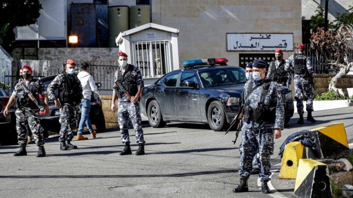 Cinci deținuți au reușit să evadeze dintr-o închisoare din Liban, dar au murit într-un accident rutier