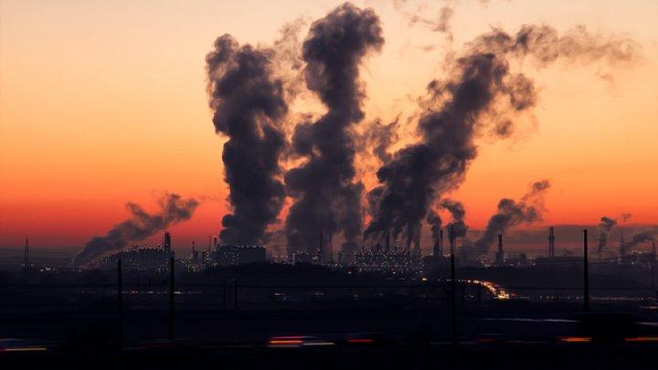 Poluarea atmosferită din Priștina a atins un nivel periculos pentru sănătatea umană