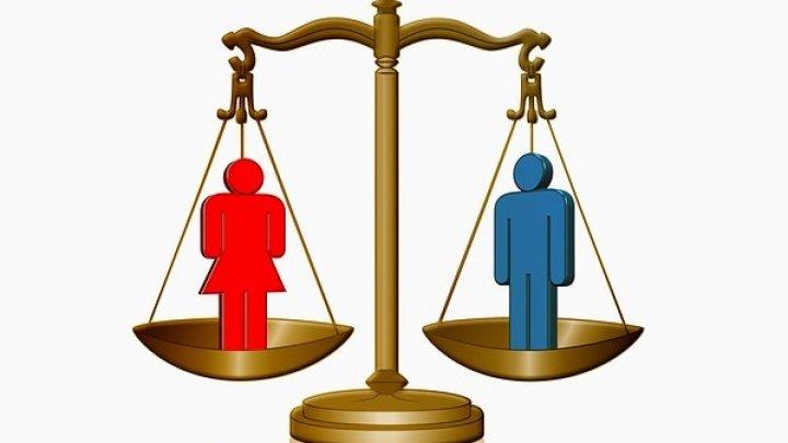 Mai multe femei decât bărbați își pierd job-ul în această perioadă. CE vine cu un nou plan de încurajare a egalității de gen