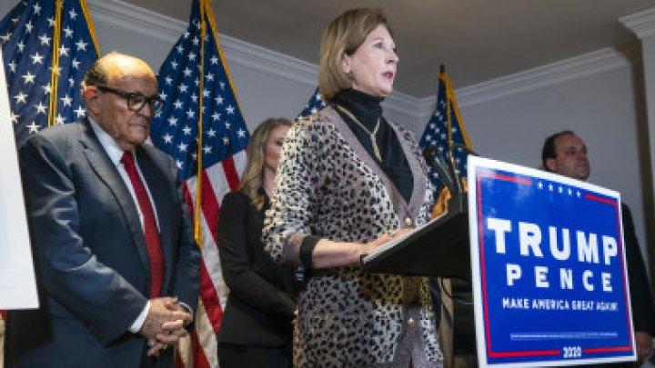 Donald Trump renunță la o avocată care a vorbit despre fraudarea alegerilor