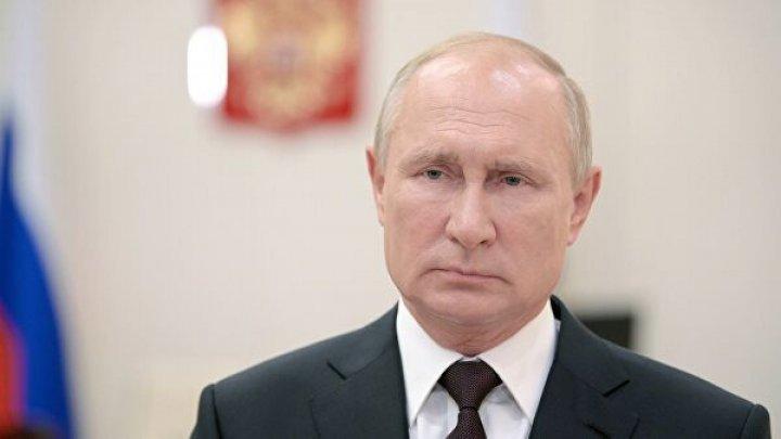 Kremlinul explică de ce Putin nu s-a vaccinat până acum împotriva Covid-19